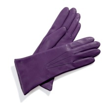 Ladies Cashmere Lined Leather Gloves in Purple. Ladies Cashmere Lined Leather Gloves from Aspinal of London