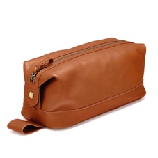 Men's Leather Wash Bag in Tan Pebble. Mens Toiletry & Wash Bags from Aspinal of London