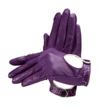 Ladies Leather Driving Gloves in Purple. Ladies Leather Driving Gloves from Aspinal of London