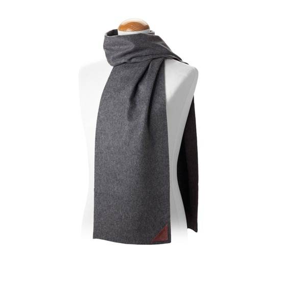 Aspinal Unisex Superior Cashmere Scarf in Grey from Aspinal of London