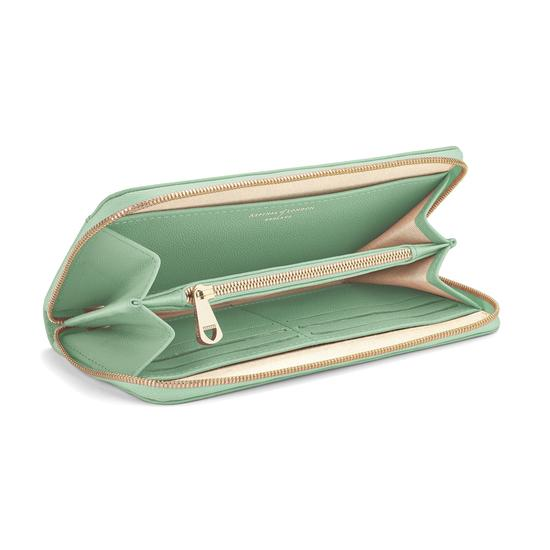 Continental Clutch Zip Wallet in Peppermint Kaviar from Aspinal of London